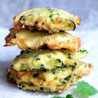 Оладьи из кабачков с сыром Паремезан - рецепт с фото