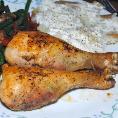 Запеченные куриные ножки с чесноком - рецепт с фото
