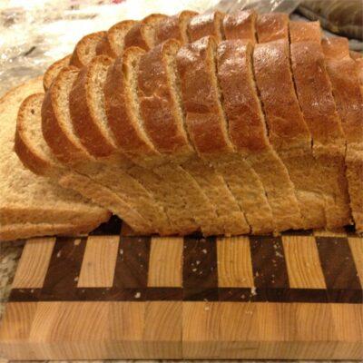 Вкусный и простой в приготовлении цельнозерновой хлеб - рецепт с фото