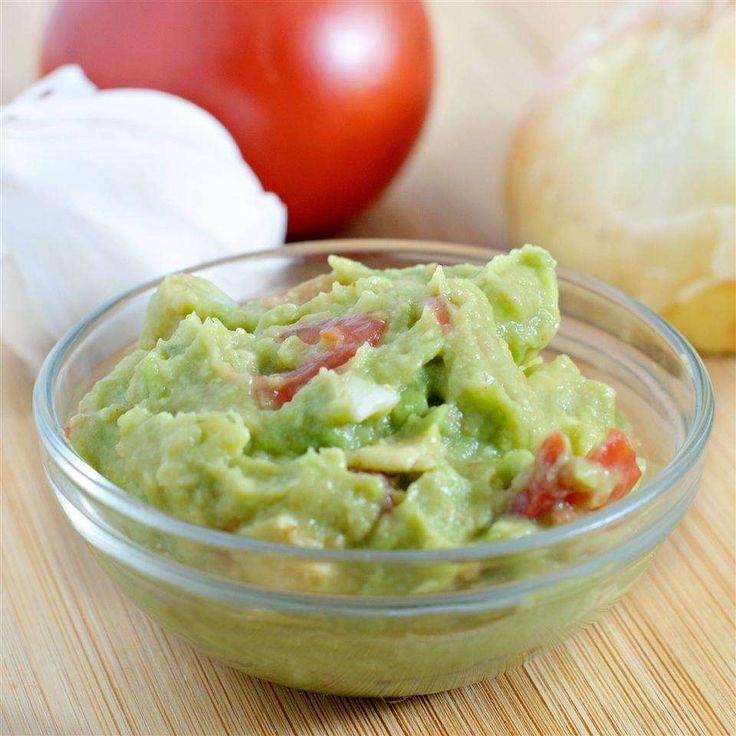 Вкусный гуакамоле из авокадо