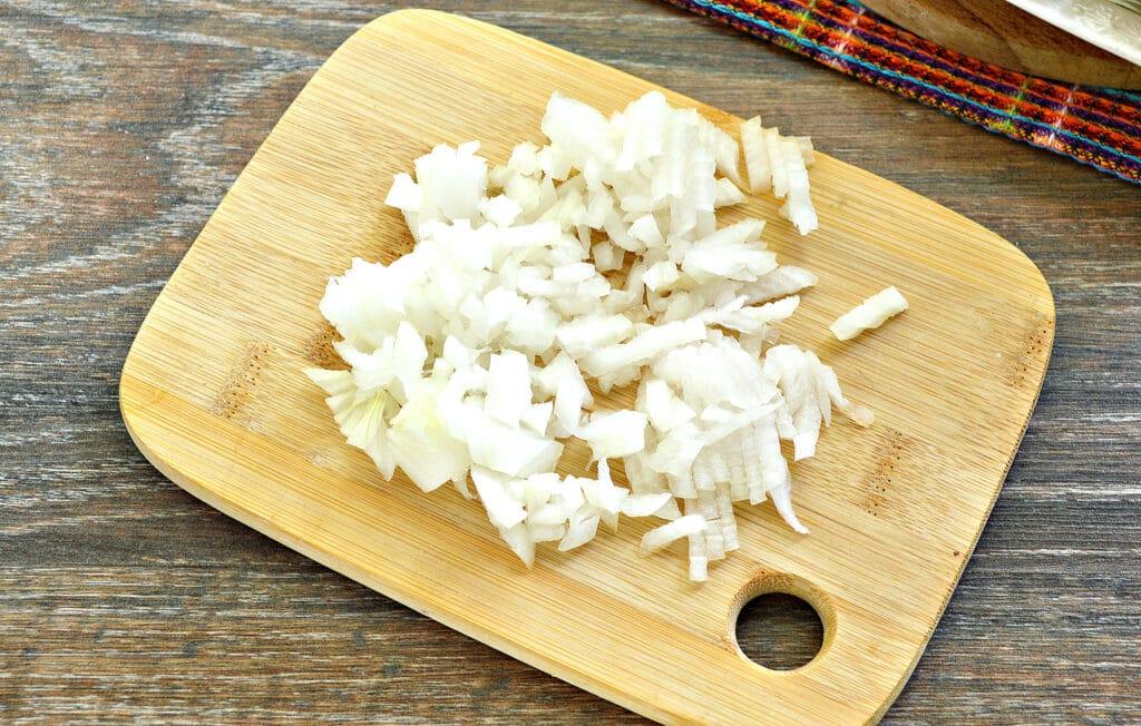Фото рецепта - Замороженные фаршированные перцы тушеные с овощами - шаг 2