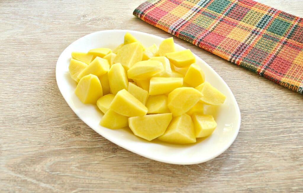 Фото рецепта - Свинина с картофелем, перцем и помидорами в мультиварке - шаг 5