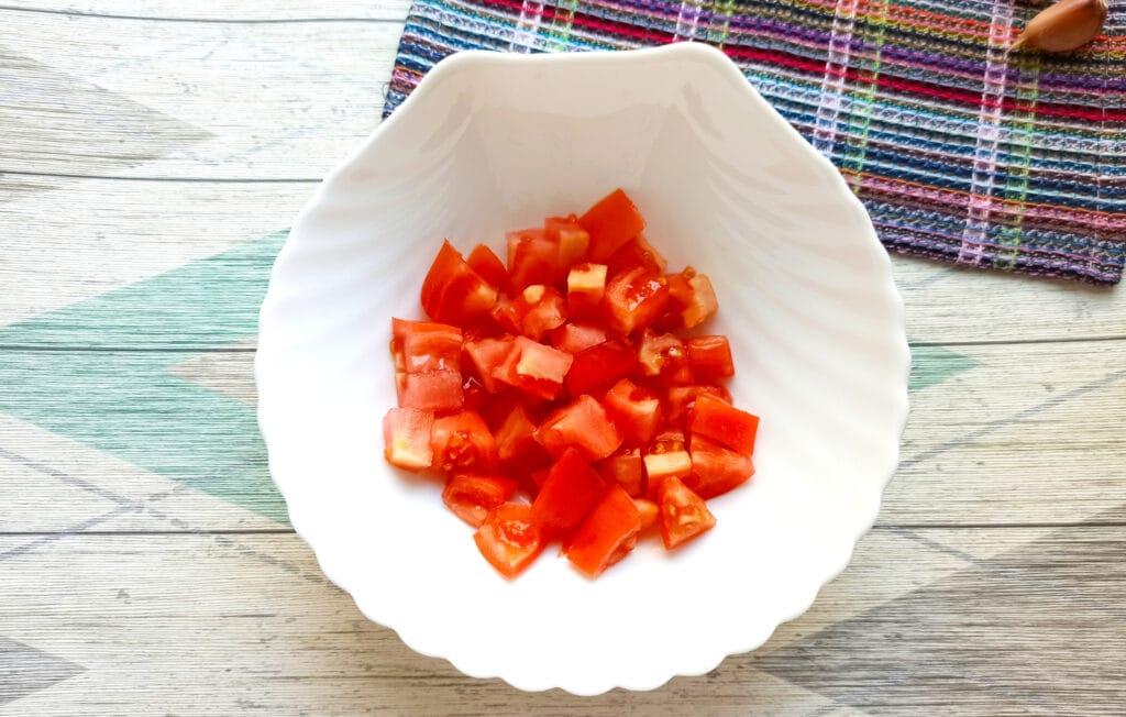 Фото рецепта - Салат с мясом на пару, помидорами и сыром - шаг 4