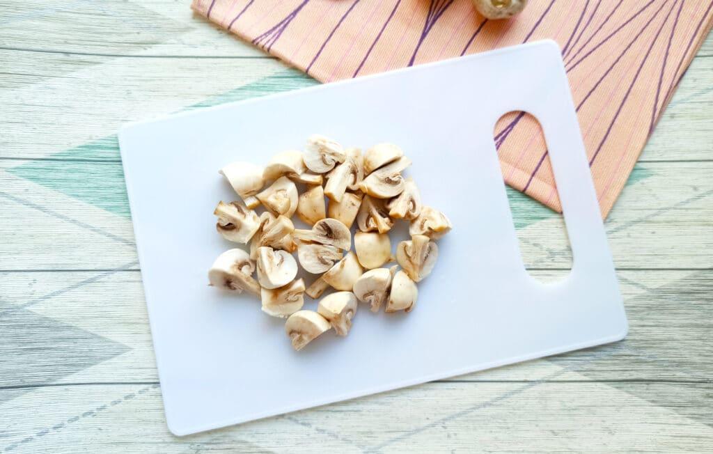 Фото рецепта - Свинина с шампиньонами и картофелем в мультиварке - шаг 4