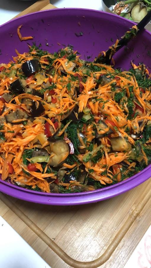 """Фото рецепта - Осенний салат из баклажанов """"грибочки"""" (соленые баклажаны) - шаг 12"""
