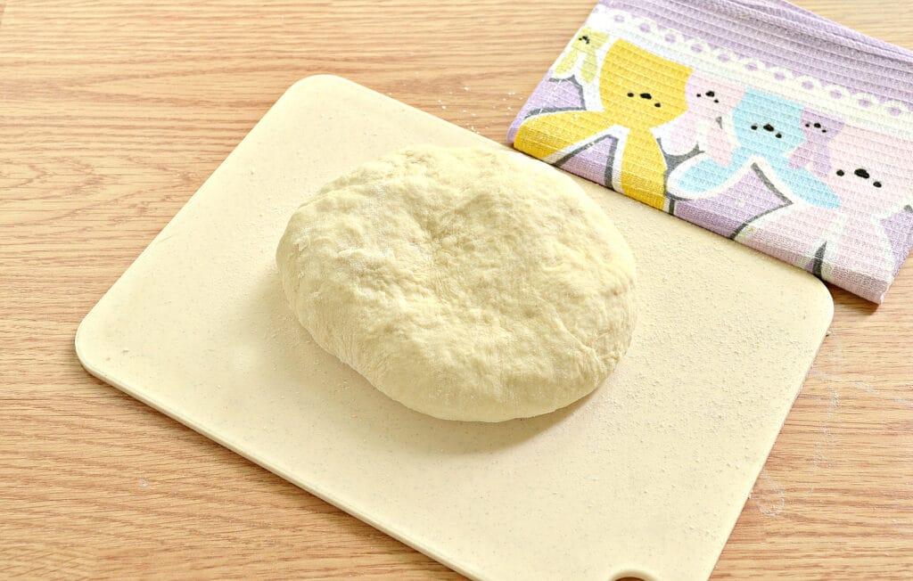 Фото рецепта - Тесто для пирогов без дрожжей на кефире - шаг 5