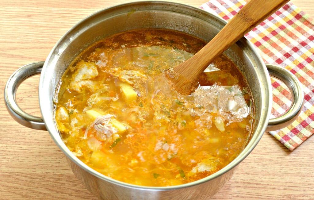Фото рецепта - Щи с томатным соком - шаг 6