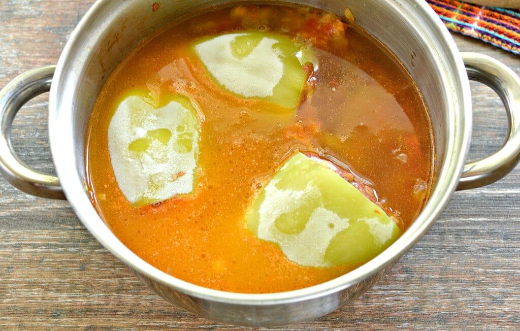 Фото рецепта - Замороженные фаршированные перцы тушеные с овощами - шаг 6