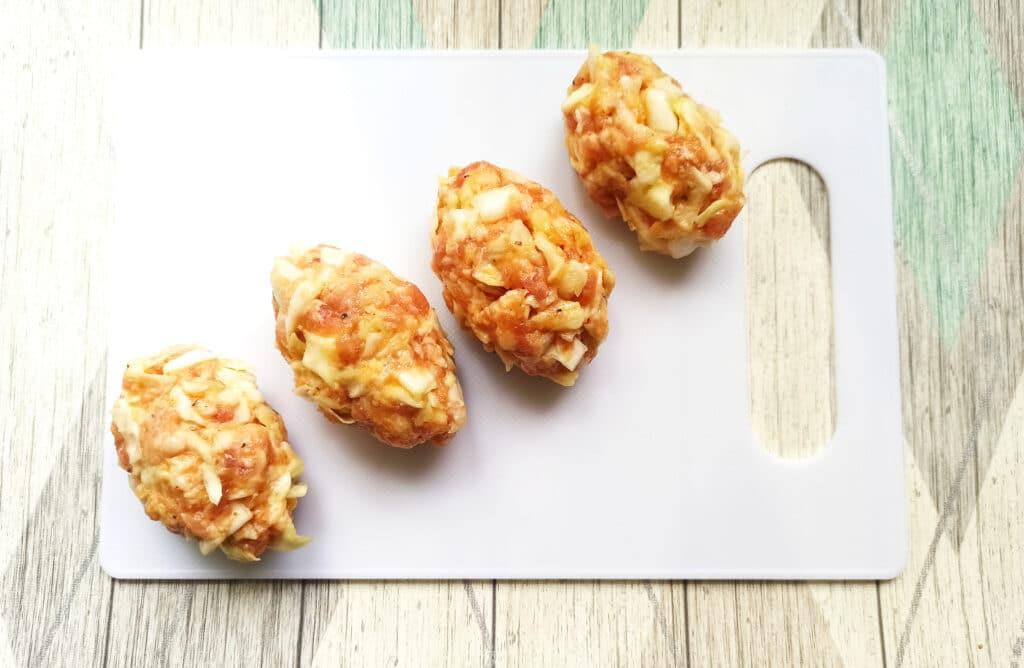 Фото рецепта - Биточки из свиного фарша с капустой - шаг 6