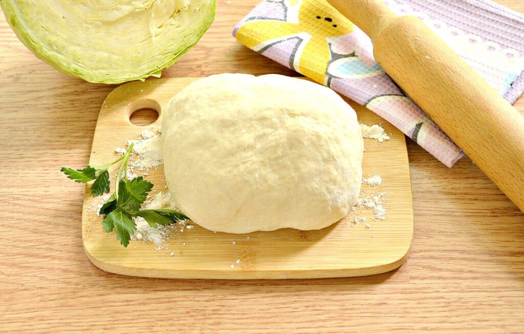 Фото рецепта - Тесто для пирогов без дрожжей на кефире - шаг 6