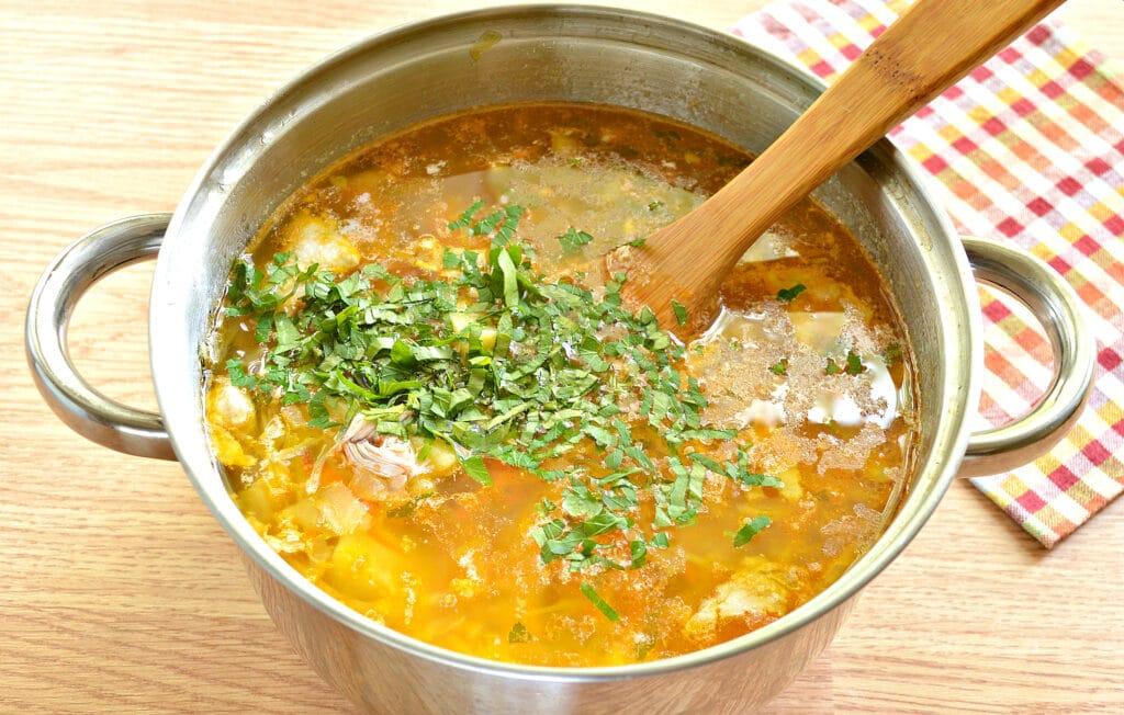 Фото рецепта - Щи с томатным соком - шаг 7