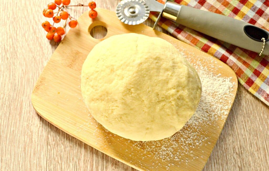 Фото рецепта - Заварное тесто для пельменей и чебуреков - шаг 7
