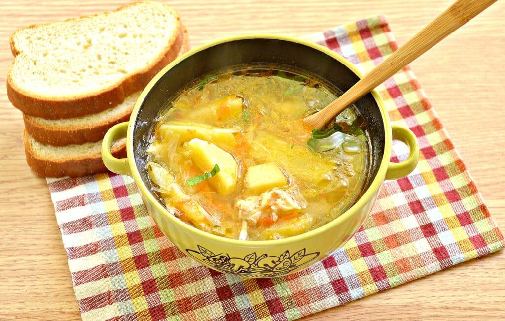 Фото рецепта - Щи с томатным соком - шаг 9