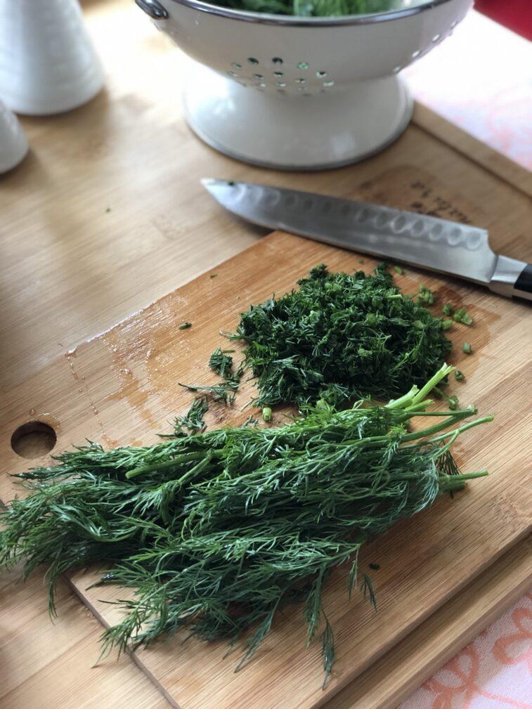 Фото рецепта - Рулетики из баклажанов с томатами и чесноком - шаг 10