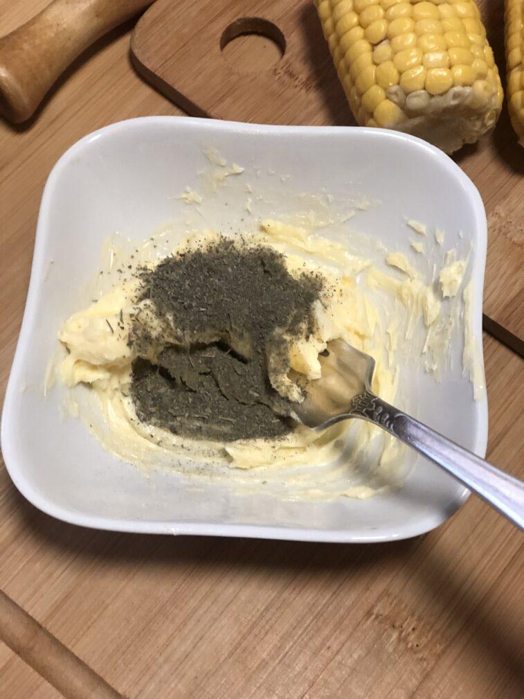 Фото рецепта - Кукуруза и картофель в духовке - шаг 6