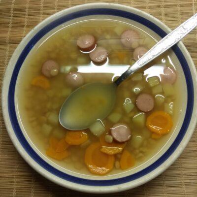 Гороховый суп с сосисками - рецепт с фото