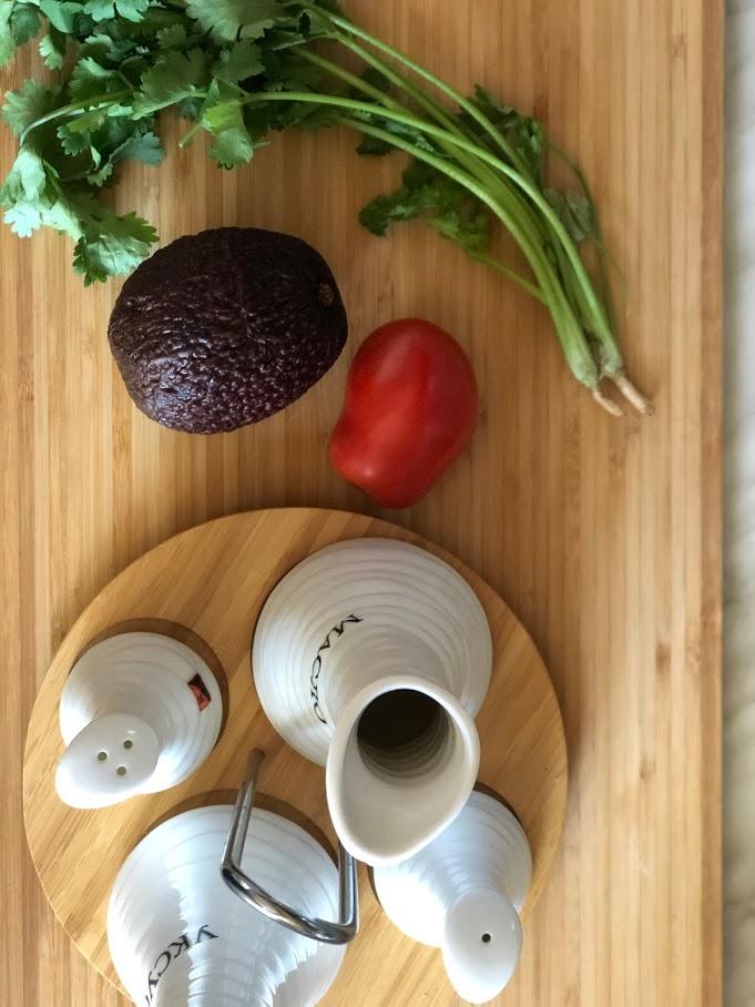Фото рецепта - Гуакамоле – мексиканская паста - шаг 1