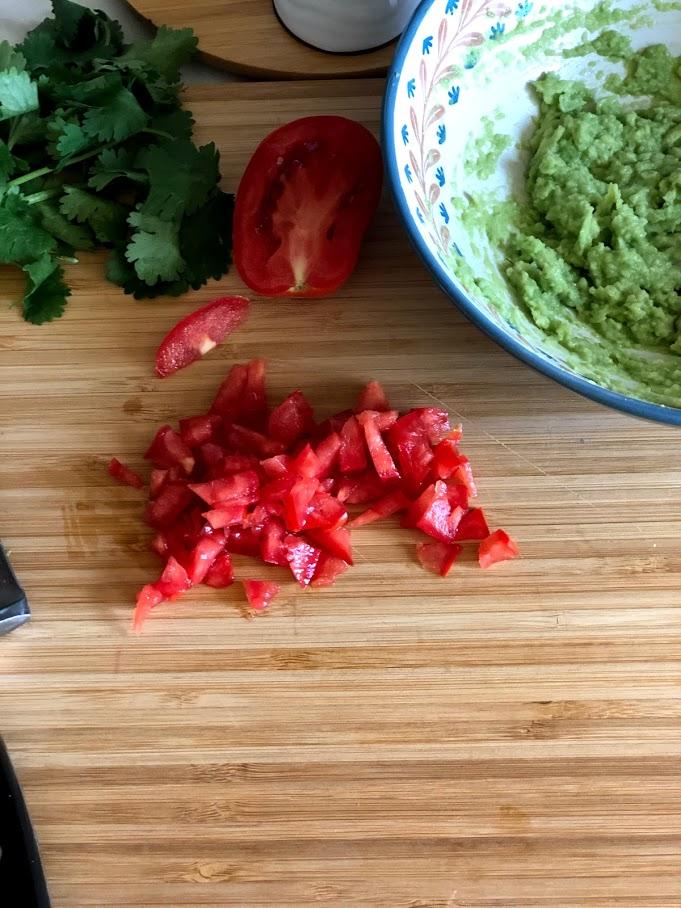 Фото рецепта - Гуакамоле – мексиканская паста - шаг 5