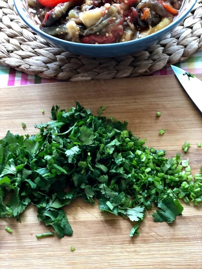 Фото рецепта - Хоровац из баклажанов (армянский салат) - шаг 7