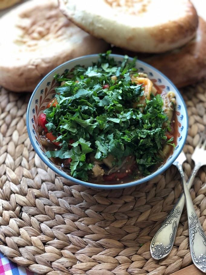 Хоровац из баклажанов (армянский салат)