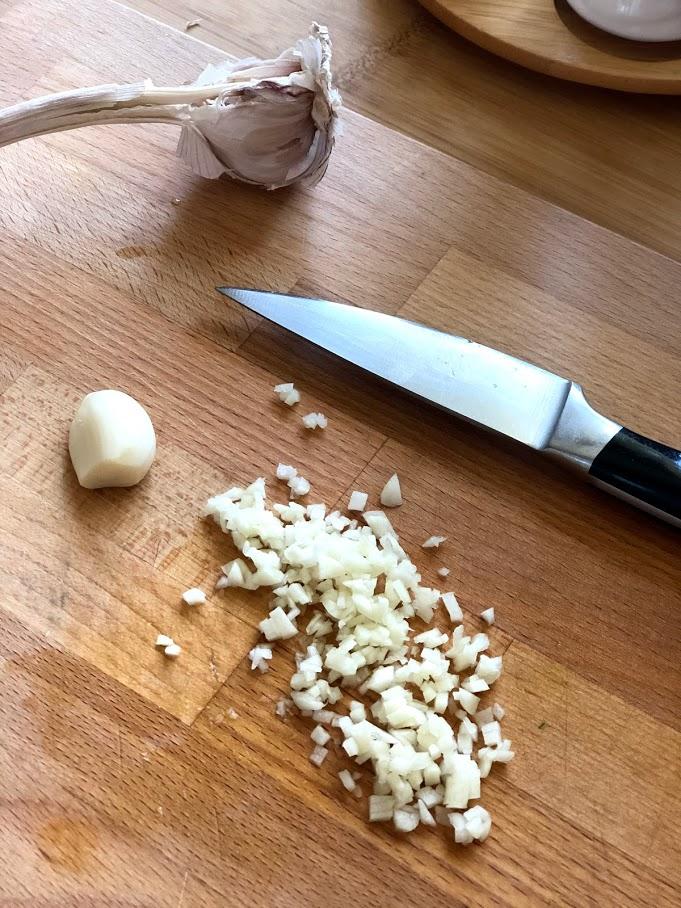 Фото рецепта - Салат из пекинской капусты и огурцов - шаг 6