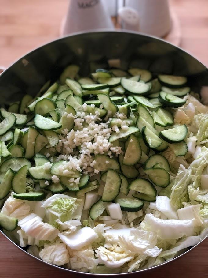 Фото рецепта - Салат из пекинской капусты и огурцов - шаг 7