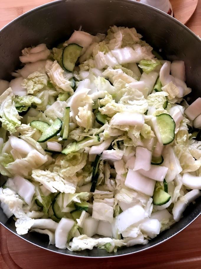 Фото рецепта - Салат из пекинской капусты и огурцов - шаг 11