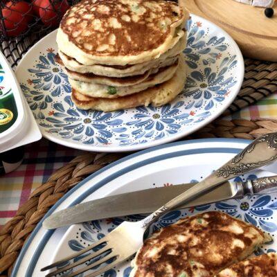 Оладьи с овощами на завтрак - рецепт с фото