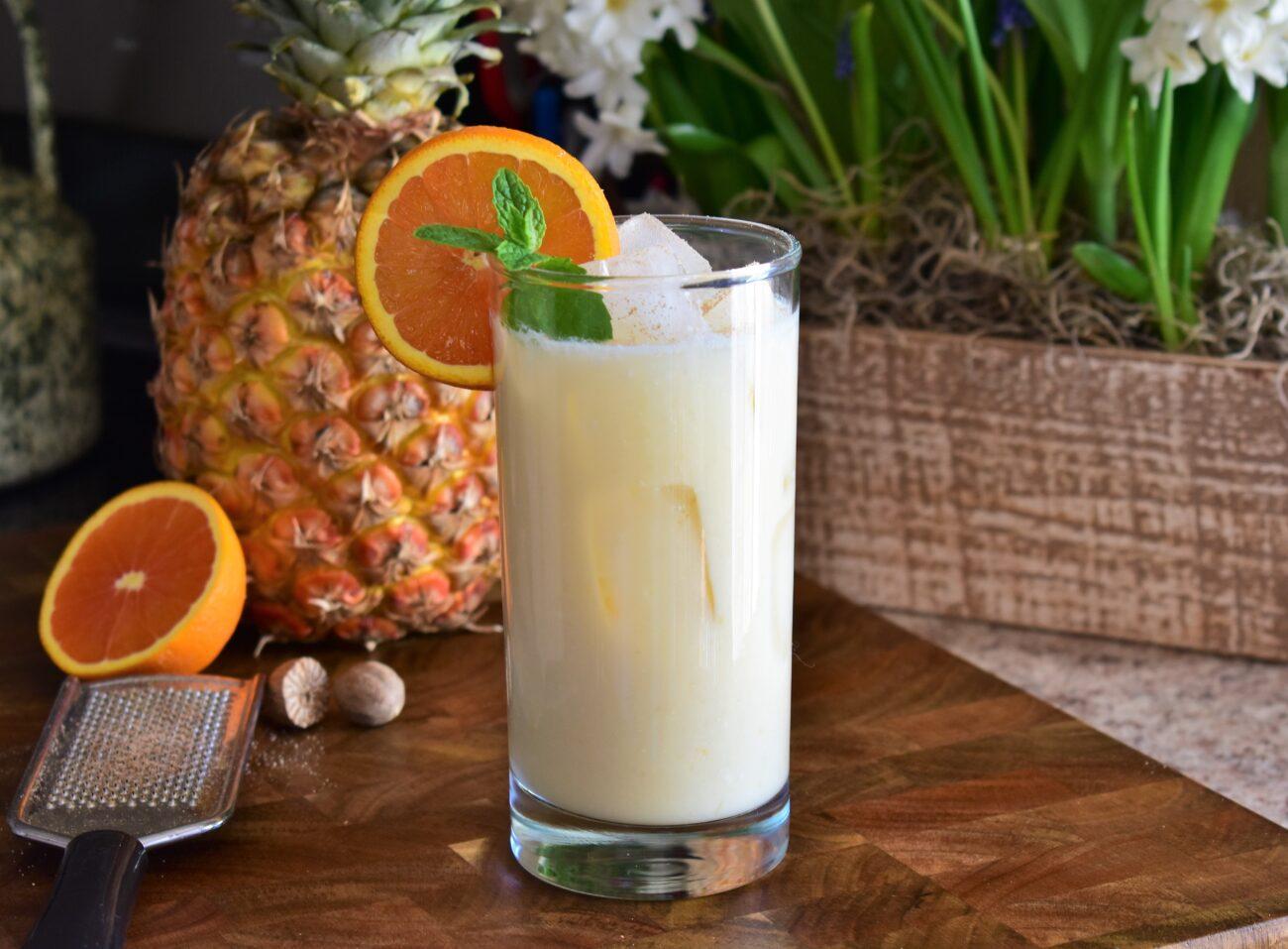 Кокосово-фруктовый коктейль