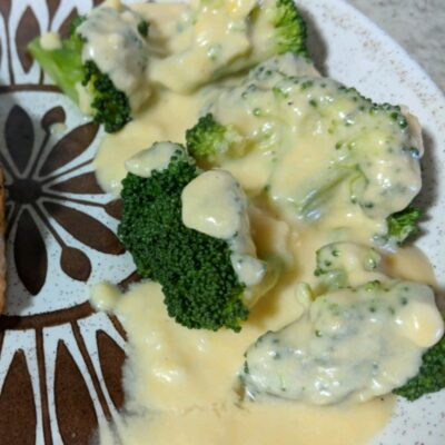 Сырный соус для брокколи и цветной капусты - рецепт с фото