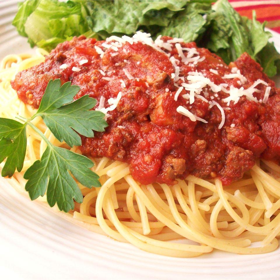 Томатный соус с мясом для спагетти (в мультиварке)