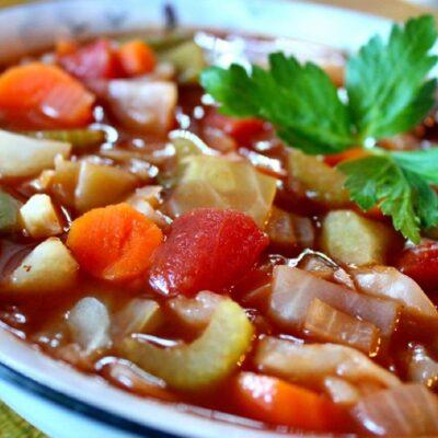 Томатный суп с цветной капустой и сельдереем - рецепт с фото