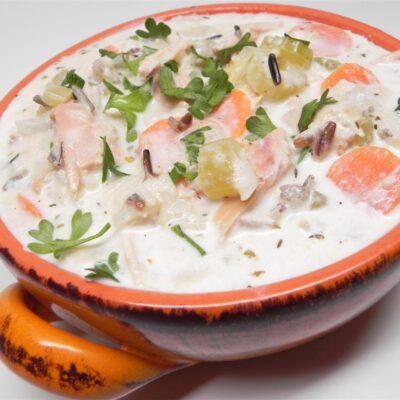 Копченый суп из дикого риса с курицей - рецепт с фото