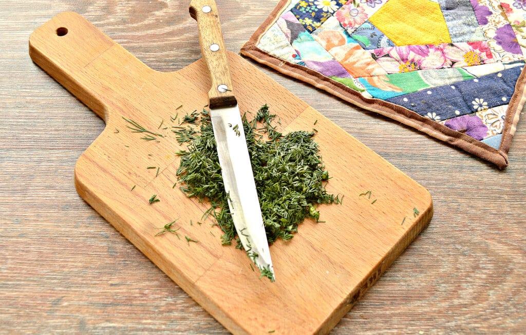 Фото рецепта - Капустный салат с ананасом - шаг 4