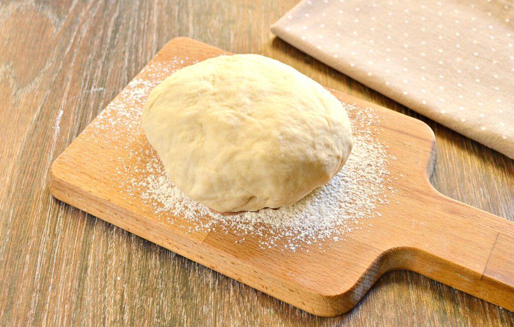 Фото рецепта - Тесто для чебуреков на горячем растительном масле - шаг 6