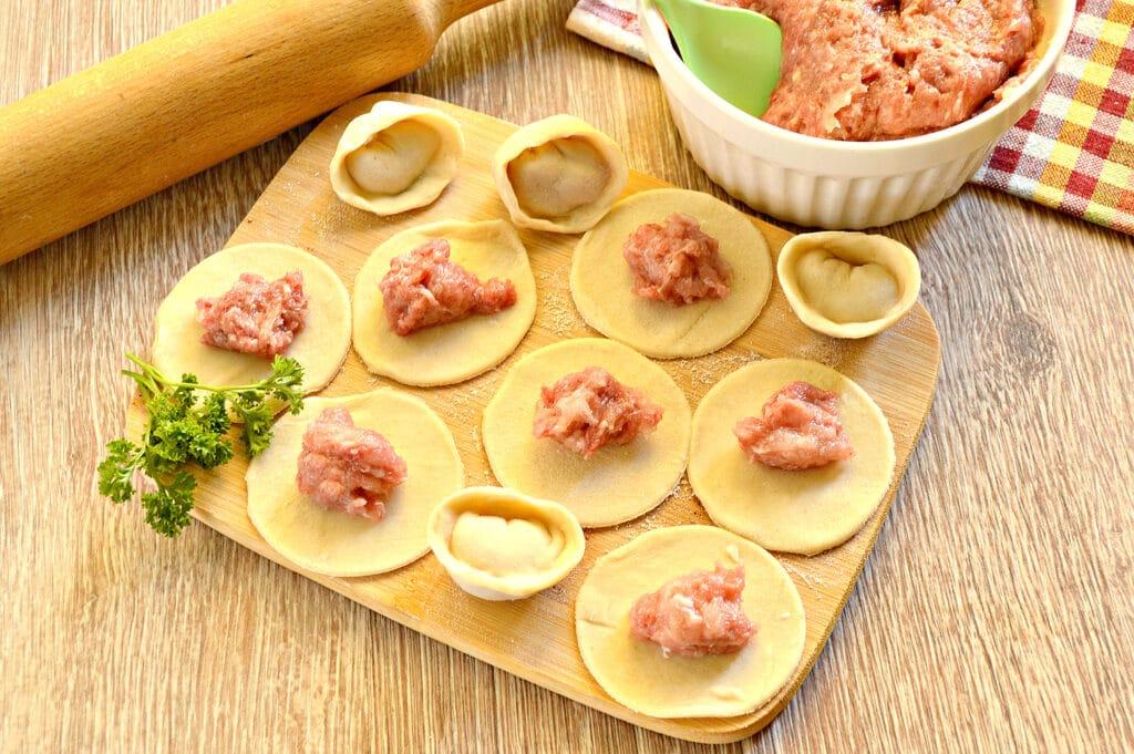 Фото рецепта - Начинка для пельменей из говядины и куриной грудки - шаг 7