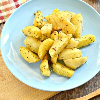 Картофель в духовке с прованскими травами - рецепт с фото