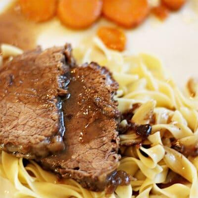 Зауэрбратен – жаркое из говядины - рецепт с фото