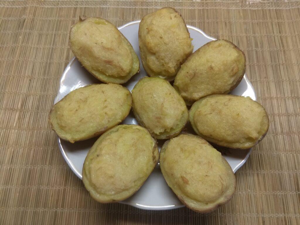 Фото рецепта - Картофель, фаршированный тунцом и пармезаном - шаг 5