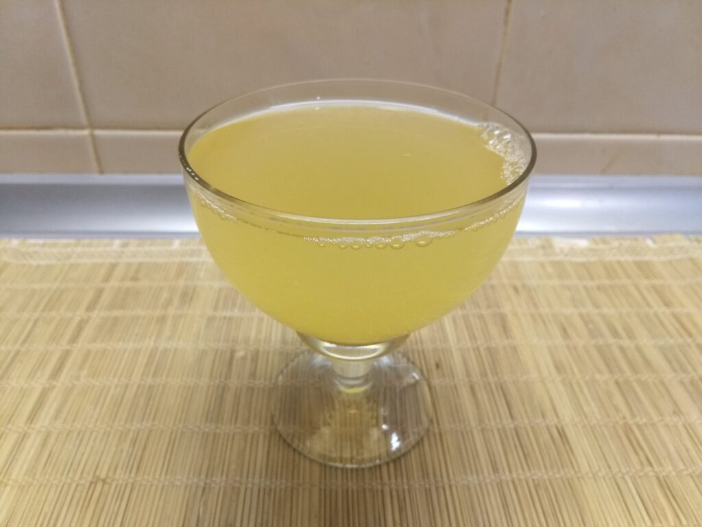 Фото рецепта - Напиток из облепихи с пряными специями - шаг 5