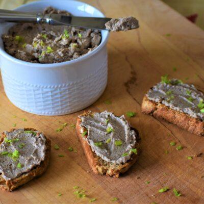 Грибной паштет с фундуком - рецепт с фото