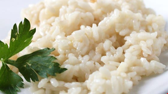 Рис с луком и чесноком