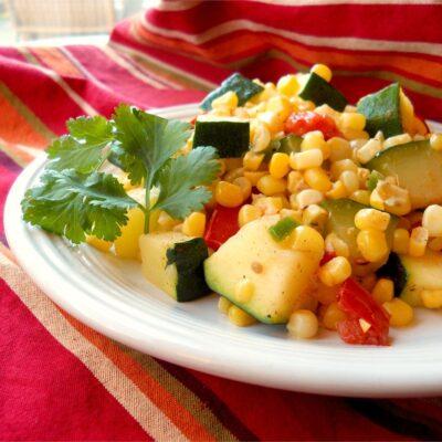 Овощное рагу из кабачков и кукурузы - рецепт с фото