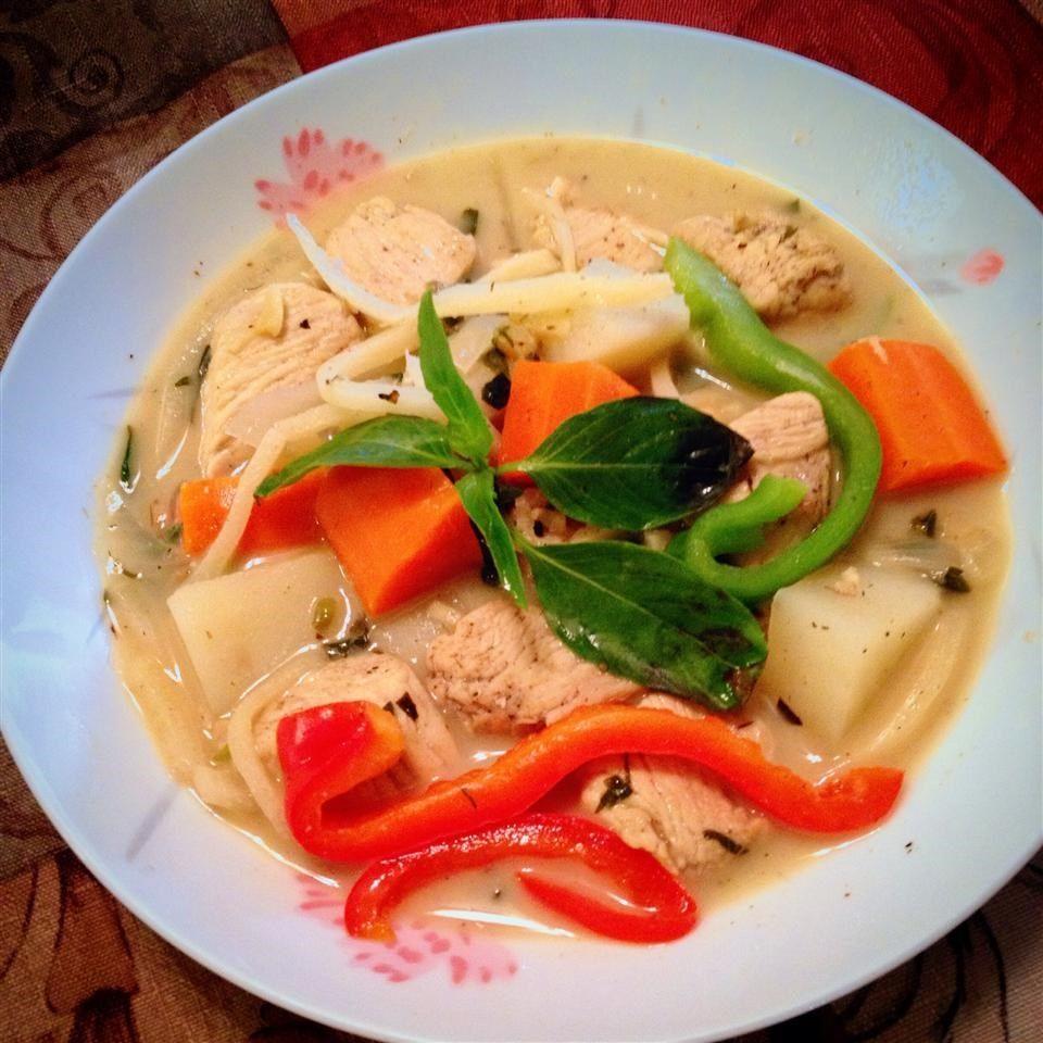 Суп куриный по-тайски на кокосовом молоке