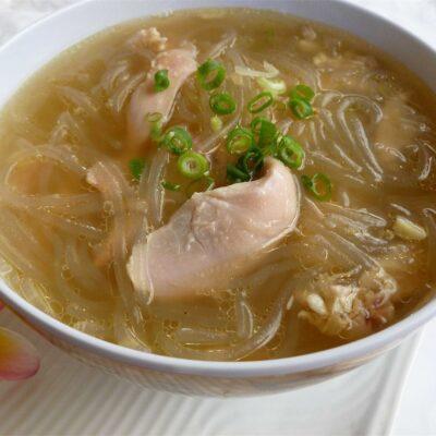 Куриный суп с рисовой лапшой - рецепт с фото