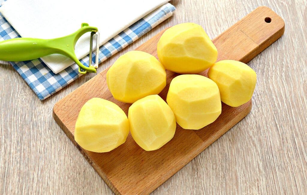 Фото рецепта - Картофельное пюре на мясном бульоне - шаг 1