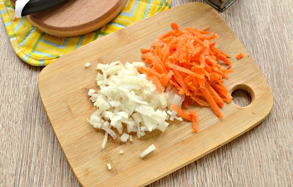 Фото рецепта - Рис по-быстрому с куриной грудкой в мультиварке - шаг 1