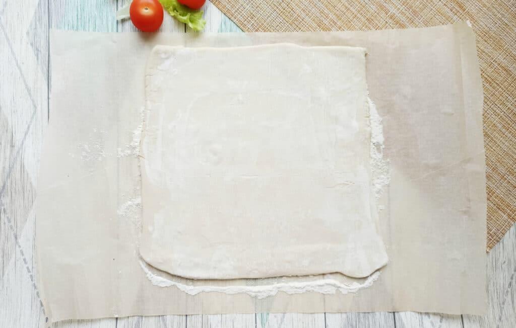 Фото рецепта - Сытная закуска с консервированным тунцом - шаг 1