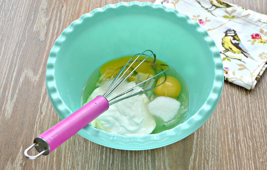 Фото рецепта - Заварные блины на сметане - шаг 1