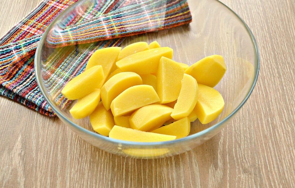 Фото рецепта - Запеченный картофель со сметаной в духовке - шаг 1
